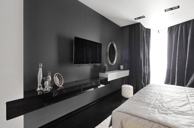 Black TV Wall Mount