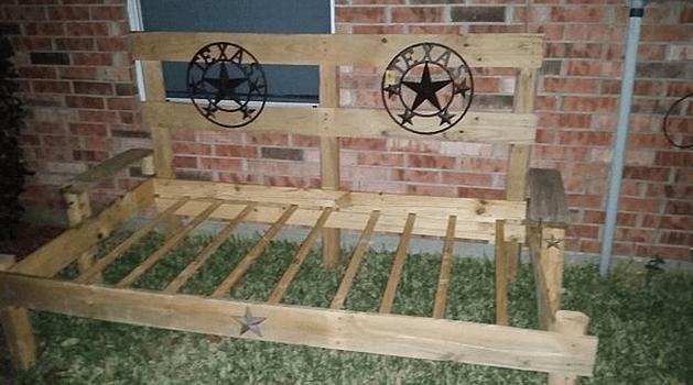 Pallet DIY Daybed
