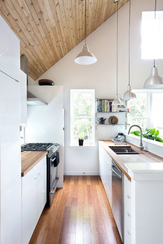 Amazing Small Kitchen Renovation Ideas 18