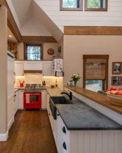 Amazing Small Kitchen Renovation Ideas 12